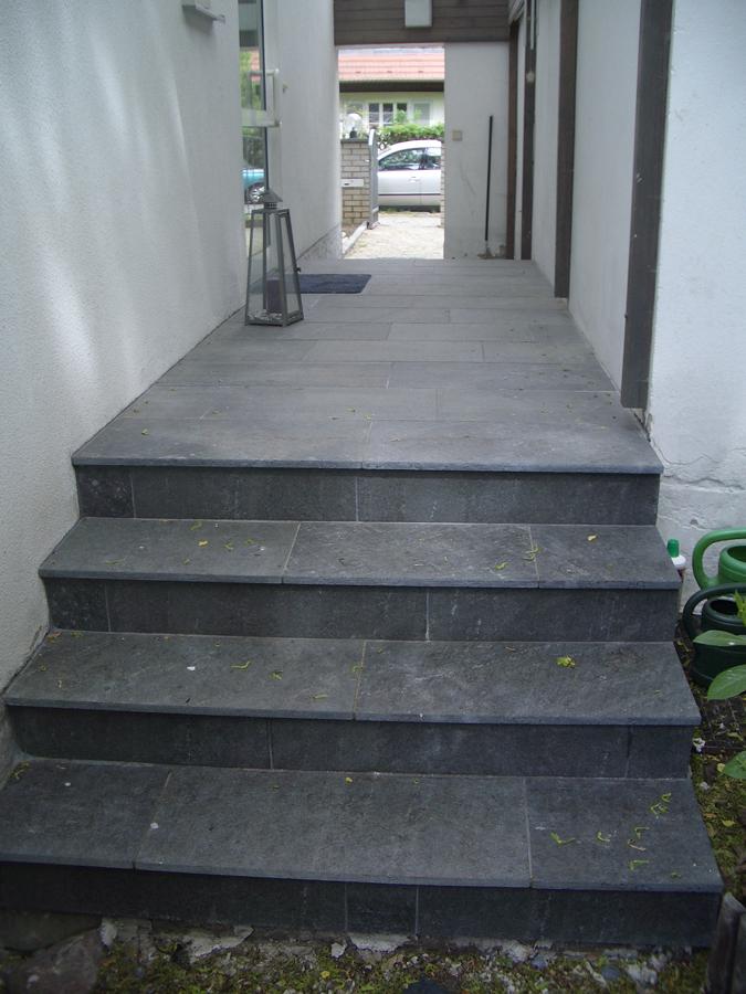 Terrasse Schiefer Treppen Granitborde Zufahrt Granit