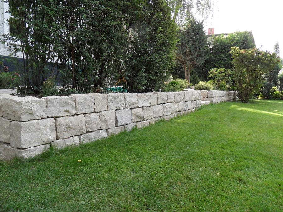 Trockenmauer kalkstein